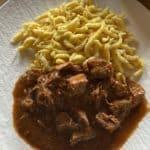 Gulasch und Spätzle Baden-BBQ